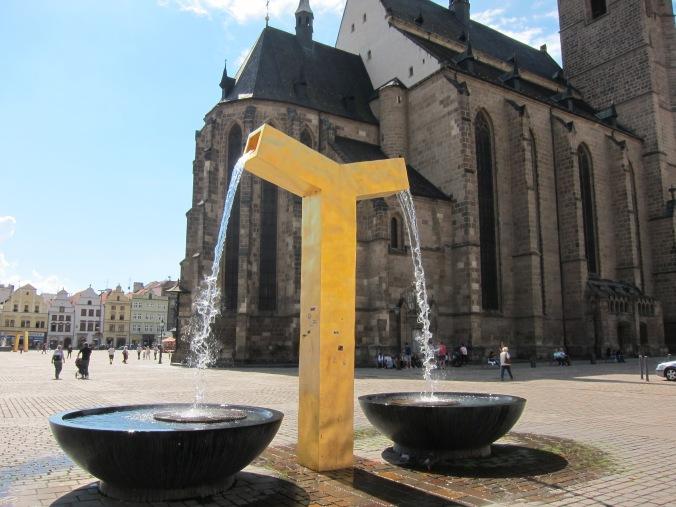 Fountain in main square in Plzeň
