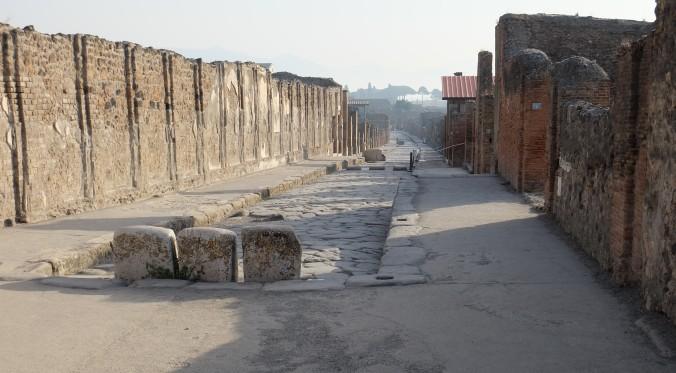 Via dell'Abbondanza, main street in Pompeii