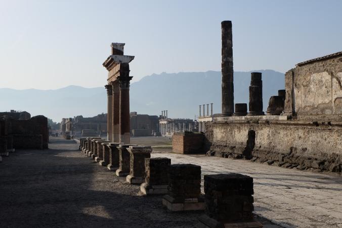 Foro.  Forum at Pompeii