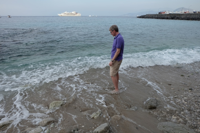 Dipping my toes in the Tyrrhenian Sea
