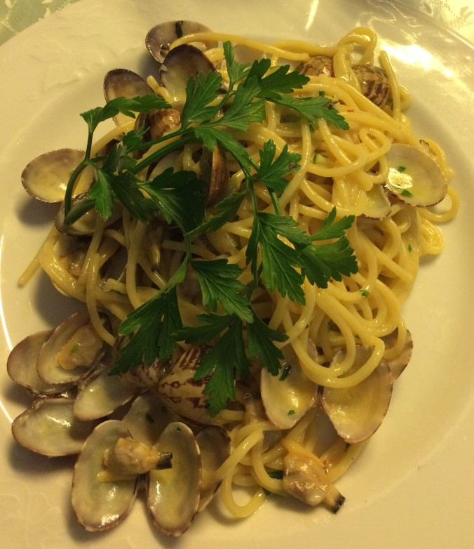 Spaghetti and clams at La Fenice in Sorrento