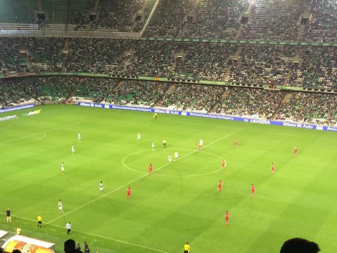 Opening kick Real Betis - Espanyol