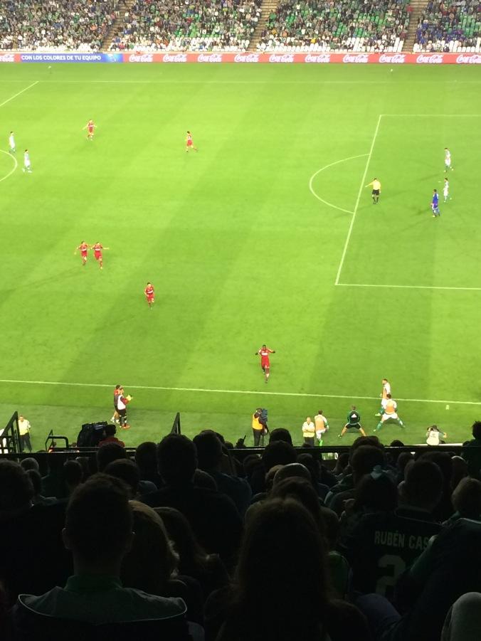 Espanyol celebrating their 3rd goal