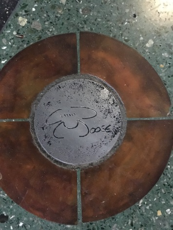 Mariner Moose autograph tile