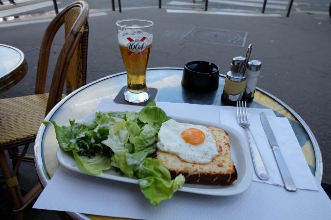 Patio beer in Paris